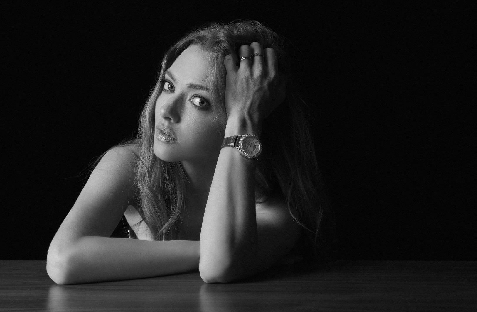 Amanda Seyfried Dazzling Rendez-Vous
