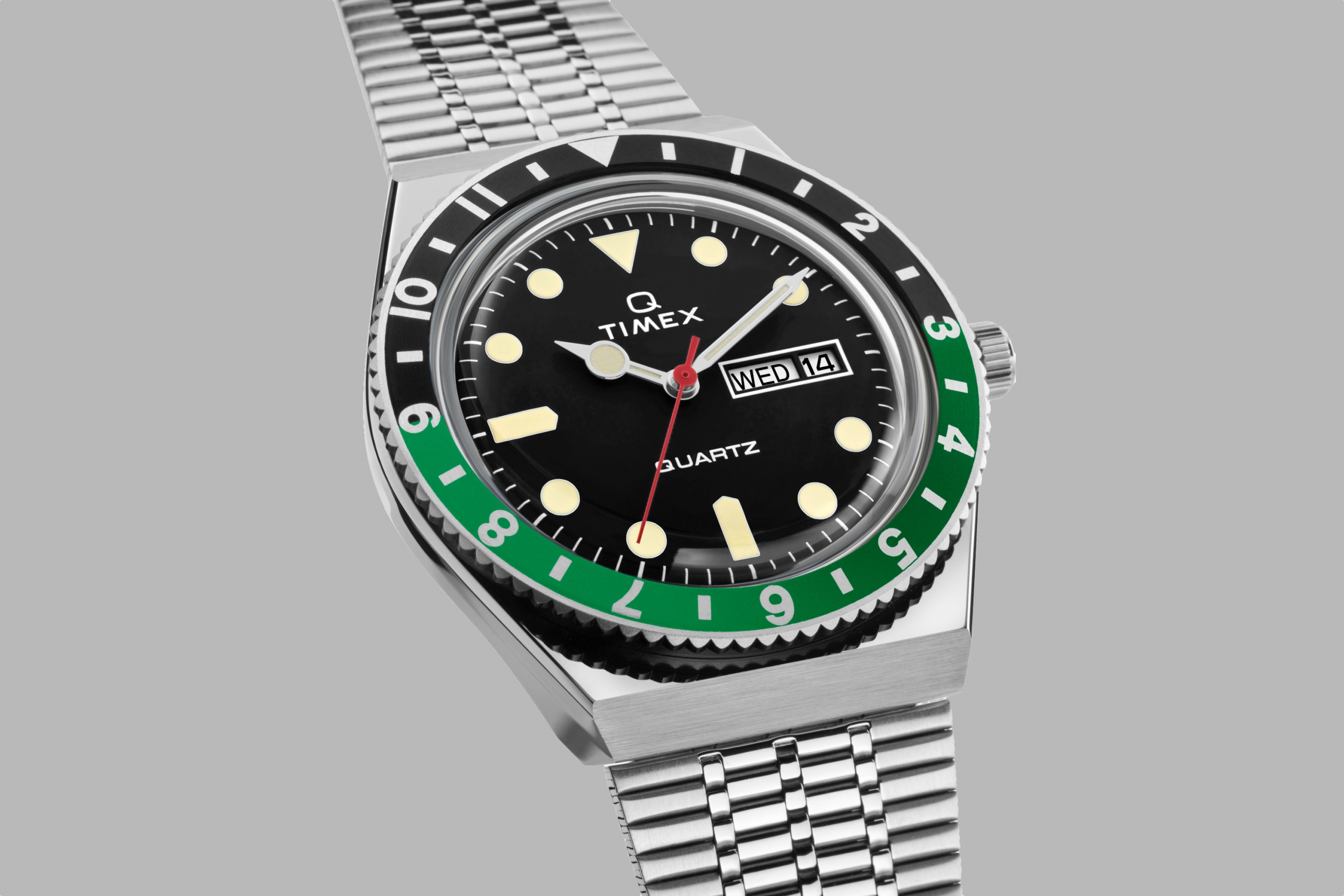 2020 Q Timex Reissue Black and Green