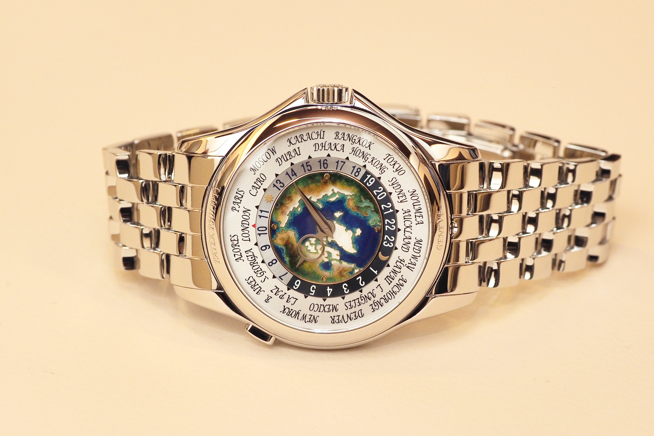 Patek Philippe 5131/1P World Time Enamel Cloisonne Dial in Platinum 2017