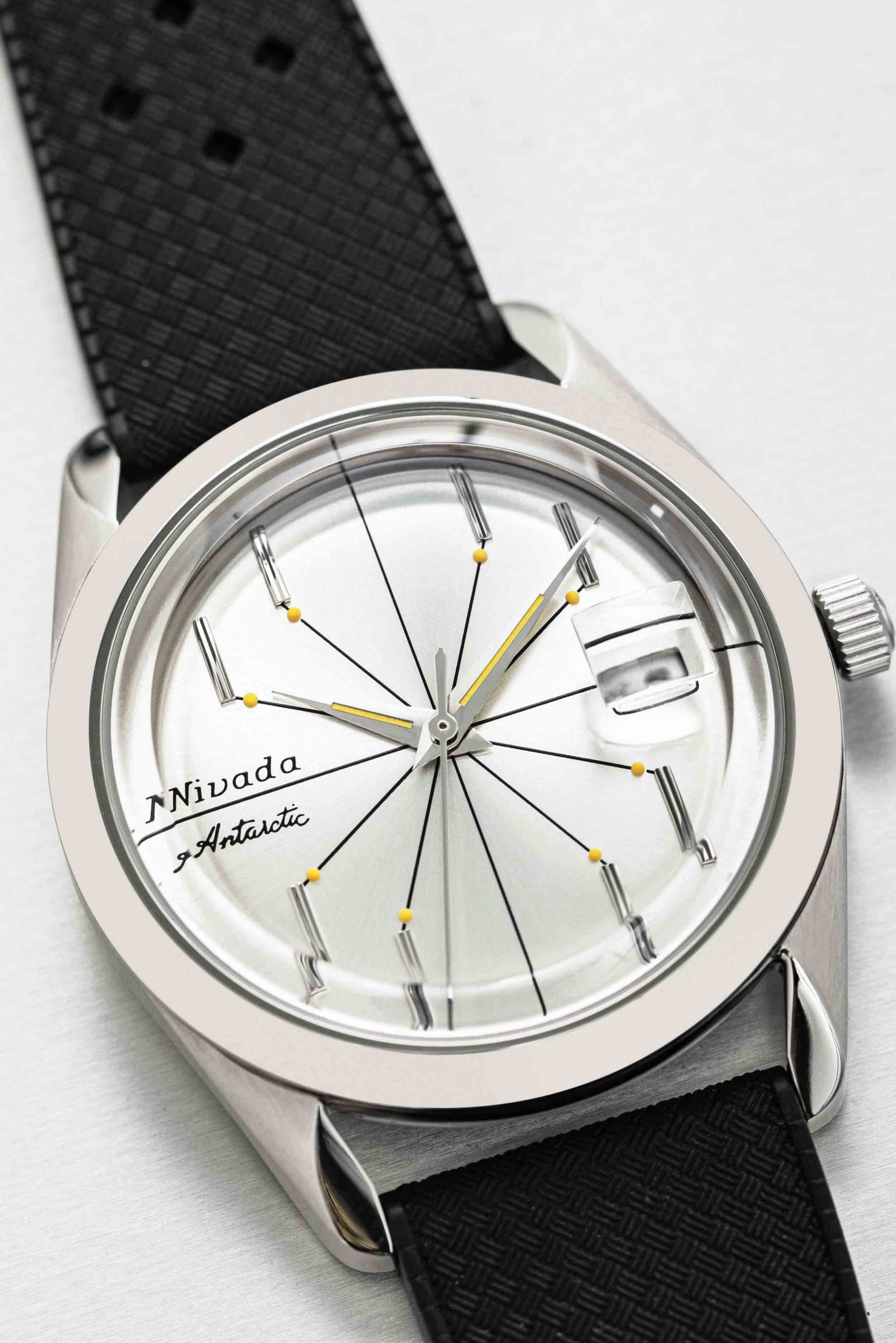 Nivada Grenchen Antarctic Spider on tropical strap