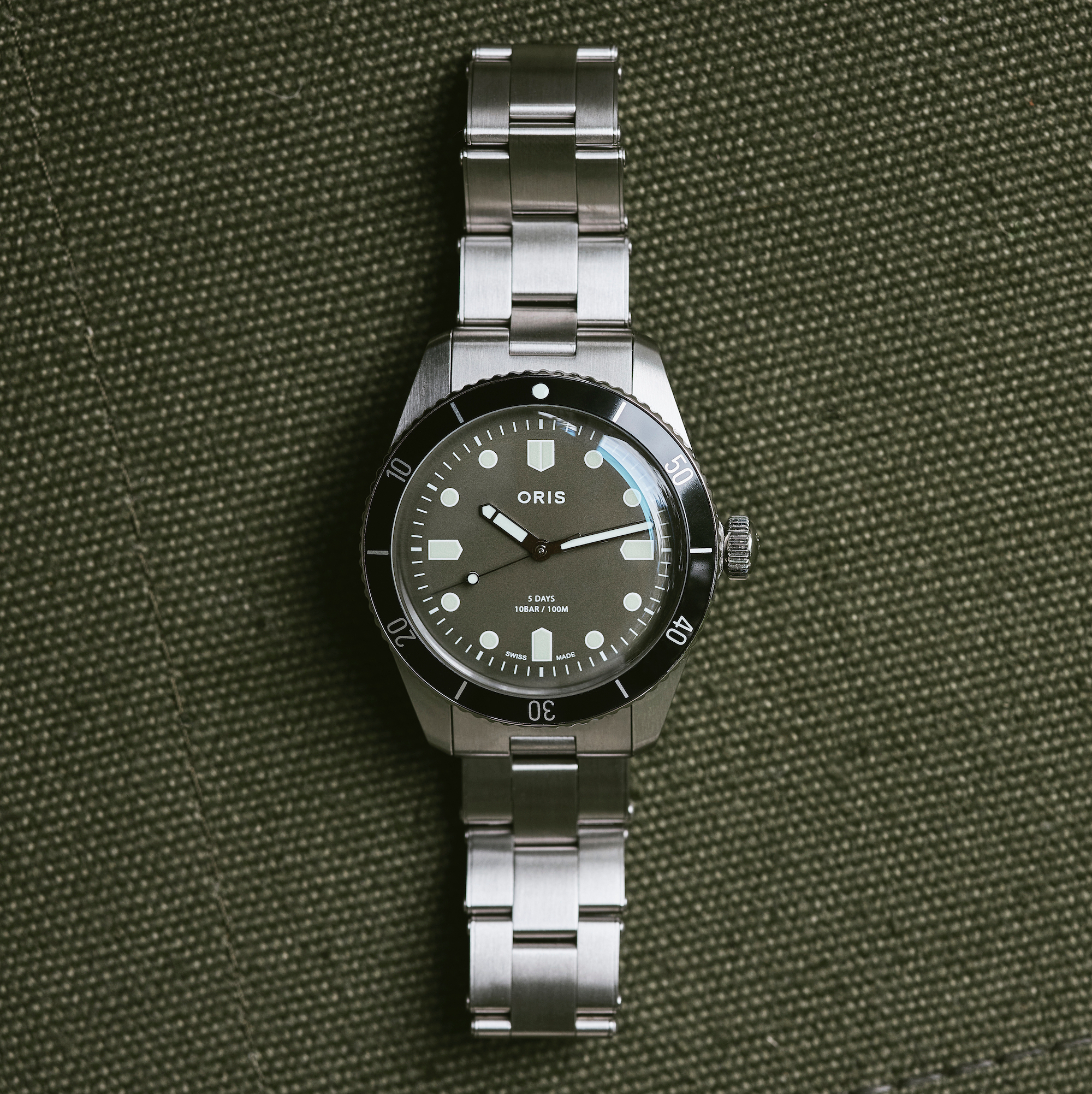 Oris x Hodinkee Divers Sixty-Five Caliber 400 Limited Edition
